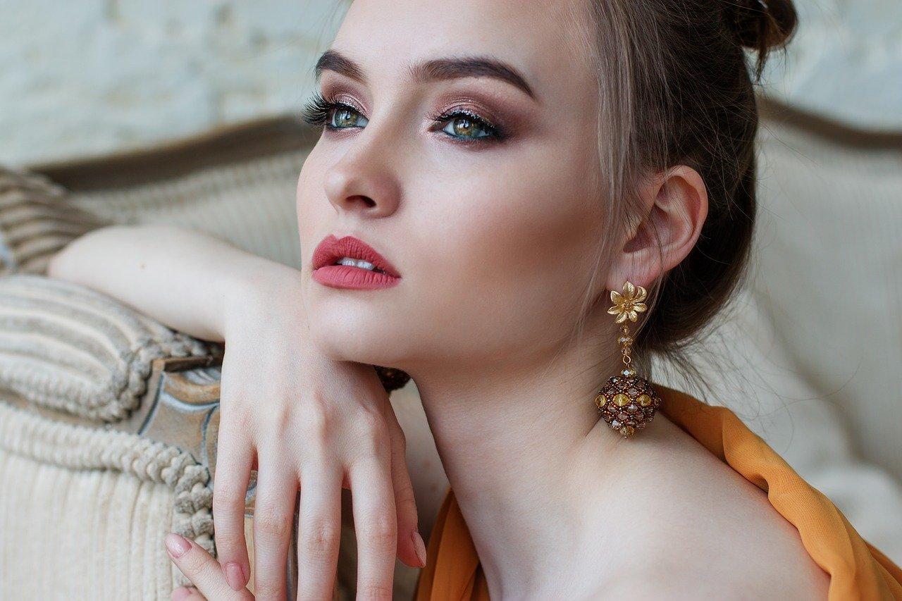 Luxus Mode Blog Startseite Frau hübsch luxuriöse Mode